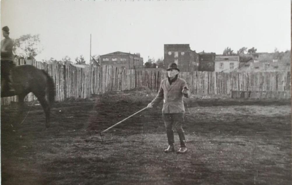В.А.Лобачев занимается со студентами